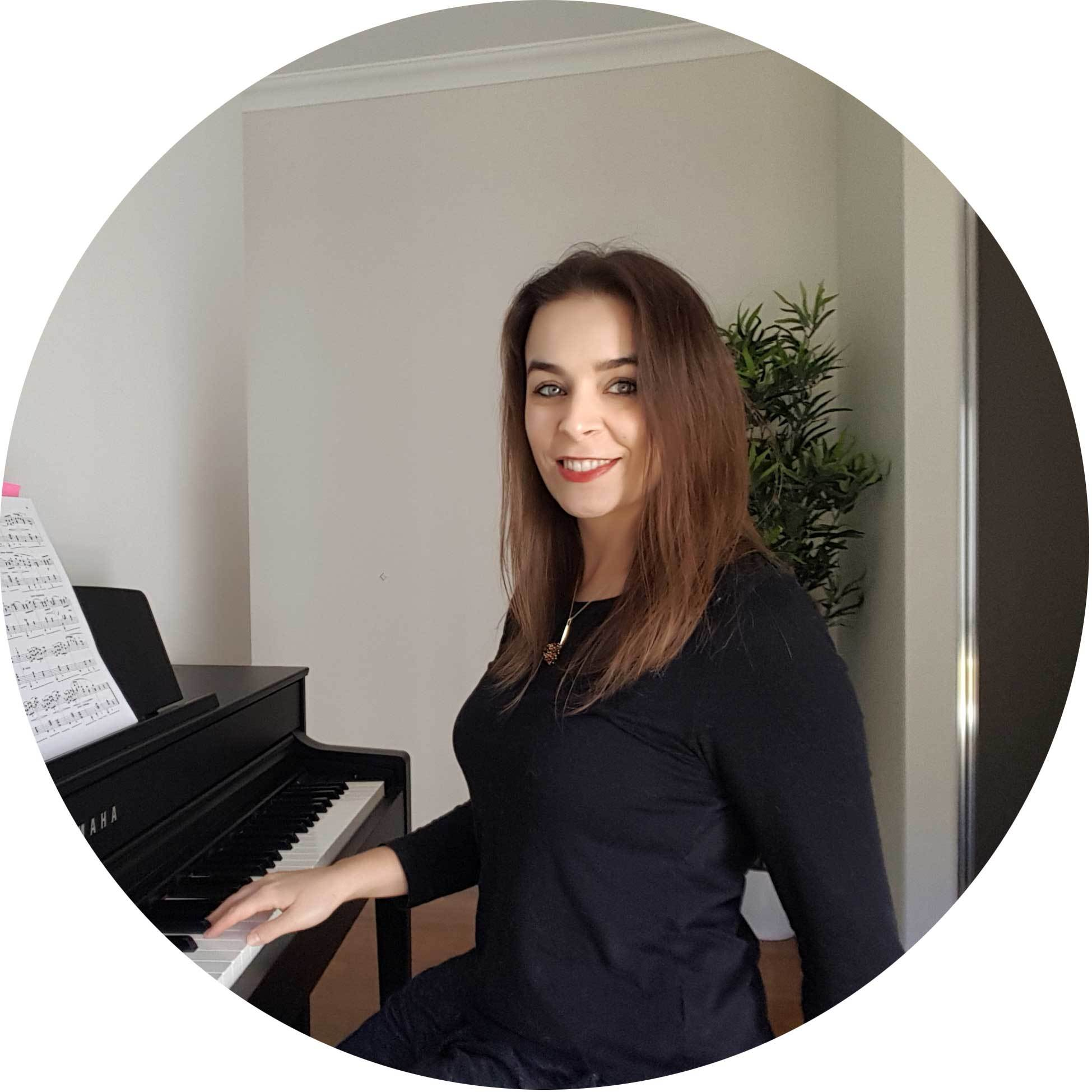 Piano Teacher Online